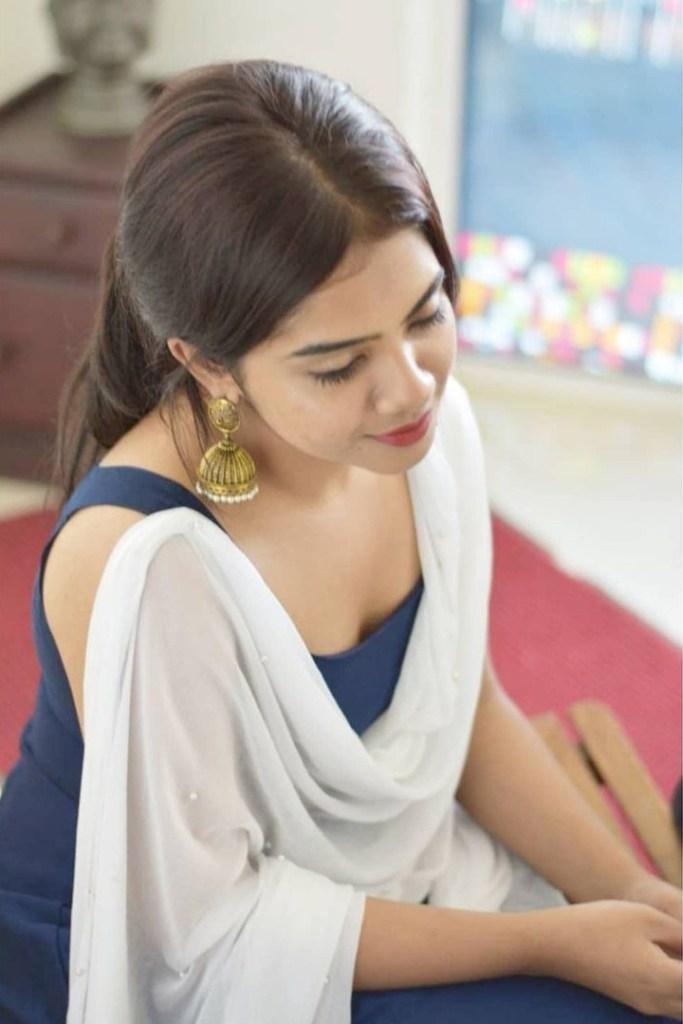 Vidhya Vijayakumar Stunning Photos, Biography, Wiki, Husband, Family, Instagram 31