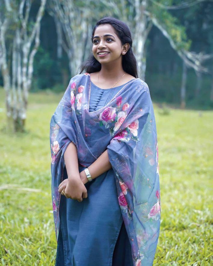 Sneha Babu Wiki, Biography, Age, Boyfriend, Movies, webseries and Beautiful Photos 12