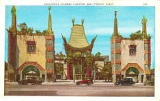 Grauman's Chinese Theatre. Postcard: from the archive of Leo Verswijver