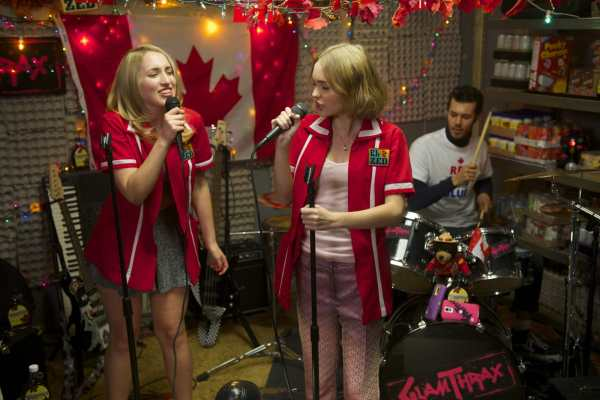 yoga hosers 2016 film trap keenan marr tamblyn