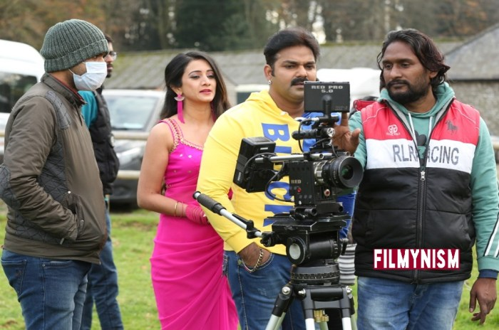 Pawan Singh and Harshika Punecha in Prem Pukar-FIlmynism