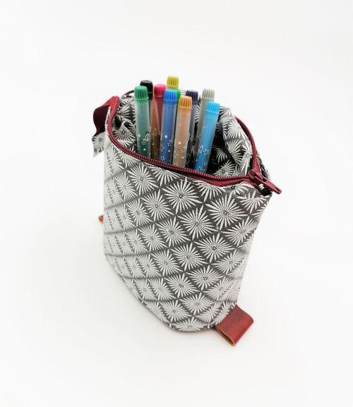 trousse coulissante pot à crayonscr