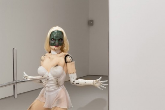 Jordan Wolfson, (Female figure), 2014 (all images courtesy the artist and David Zwirner Gallery, New York)