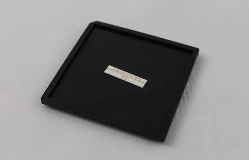 Surface mounted alumina | Filtronic PLC