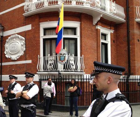 Эквадор посольство Лондон