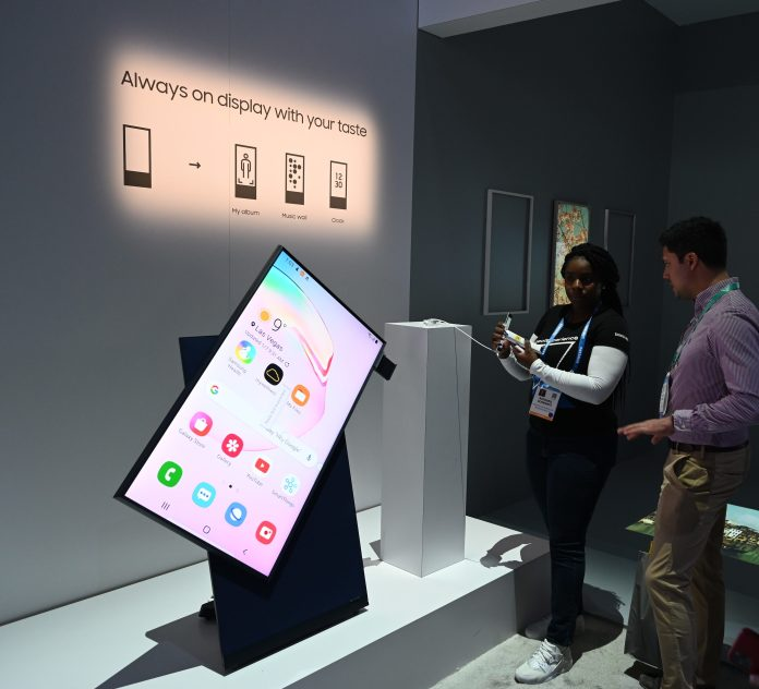 Samsung Sero 1024x930 - Tech News This Week 05-06-2020