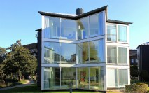 glass-house-76934_1920 (2)