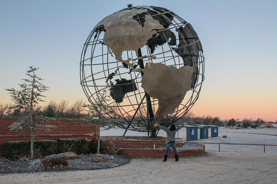 Giants on Route 66: Giant Metal Globe