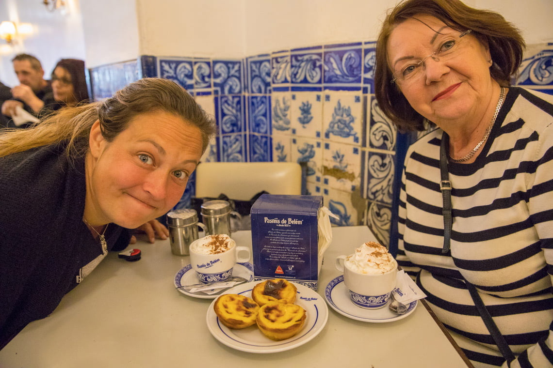 Having a coffe and pastel de nata
