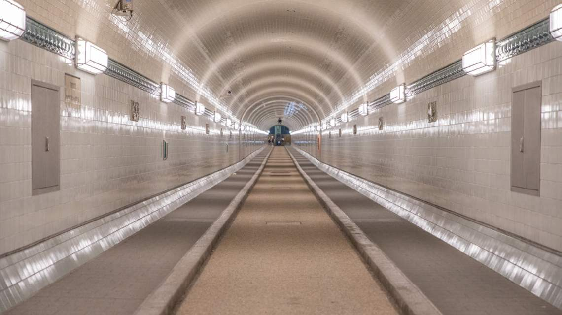 Hamburg tunnel