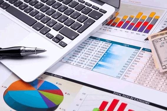 6 Dicas para conseguir economizar, quitar suas dívidas ao mesmo tempo