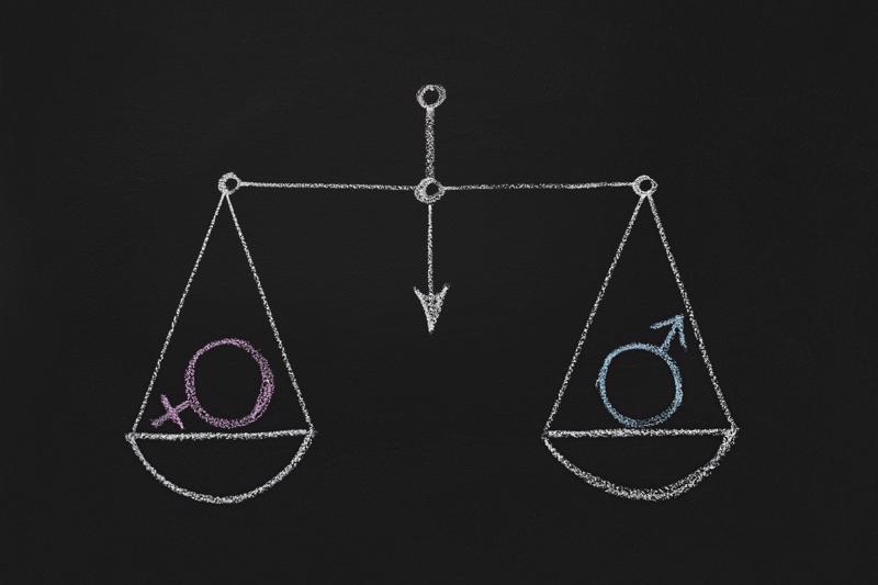 Marido e mulher devem se ajudar para manter as contas equilibradas.