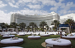 The Fontainebleau Miami Beach, shown in a 2010 photo, has a dozen restaurants, four bars and clubs and amenities ranging from luxury shopping to dog-sitting services to poolside cabanas with flat-screen TVs. (AP file photo)