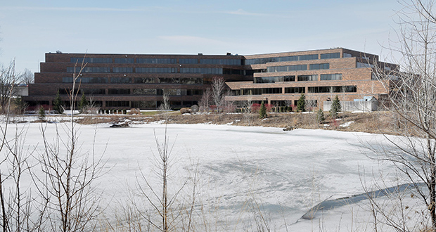 The 240,896-square-foot Roseville Corporate Center, 2700 Snelling Ave. N. in Roseville, is more than 80 percent occupied. Wells Fargo leases more than half the building's space. (File photo: Bill Klotz)