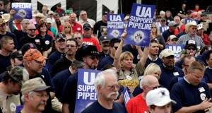 Union workers rally in support of the Keystone XL Pipeline on April 9, 2013, in Tulsa, Okla. (AP Photo/Tulsa World: Mike Simons)