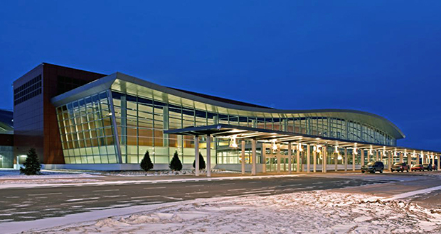 The soft curve of the airport rooftop evokes Lake Superior's rolling waves. (Submitted image)