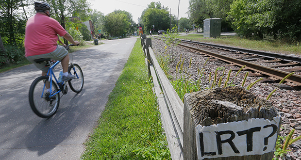 The Kenilworth Corridor is a narrow and environmentally sensitive recreational trail near the Minneapolis Chain of Lakes. (File photo: Bill Klotz)