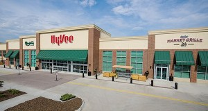 Hy-Vee Inc. closed Sept. 25 on the $6.168 million purchase of a 32-acre site for a future store on the southeast corner ofCounty Road 46 and Pilot Knob Road in Lakeville. (File rendering)