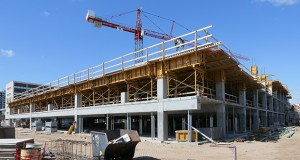 Minot, North Dakota-based Investors Real Estate Trust is investing about $14 million to expand its Southdale Medical Building at 6525 France Ave. in Edina with a 60,000-square-foot addition and five-story parking ramp. (Staff photo: Bill Klotz)