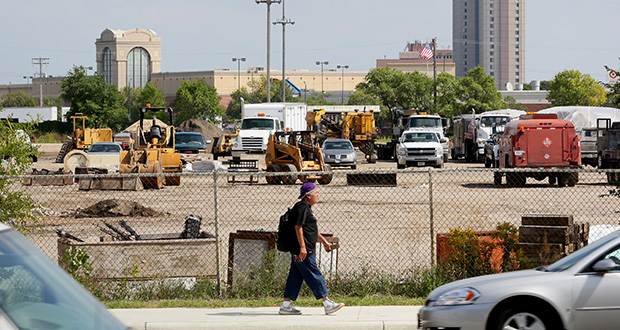 "St. Paul Mayor Chris Coleman confirmed Thursday there's momentum behind talks to bring a Major League Soccer stadium to the ""bus barn"" site at Snelling and University avenues in St. Paul, near Interstate 94. (Staff photo: Bill Klotz)"