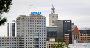 Ecolab's purchase of the former Travelers tower at 385 Washington St. in downtown St. Paul is considered one of several recent examples that the downtown office market is coming back. (Staff photo: Bill Klotz)