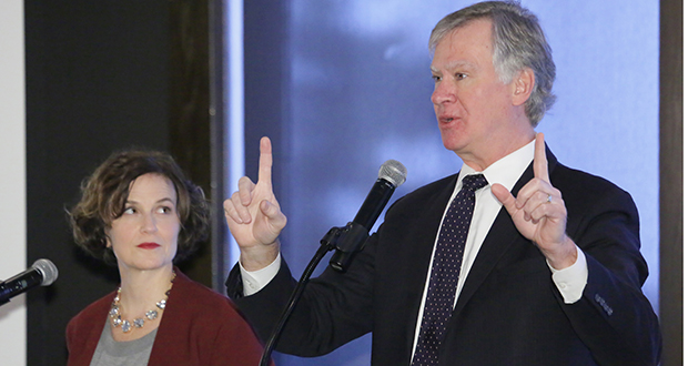 St. Paul Mayor Chris Coleman and Minneapolis Mayor Betsy Hodges spoke to a sellout crowd of 300 business leaders Tuesday at an event at the Town and Country Club in St. Paul. Staff photo: Bill Klotz