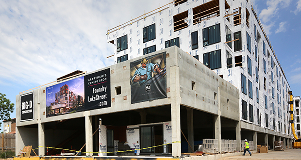 With concerns about non-code compliant lumber, city of Minneapolis officials have issued a work stoppage order on this luxury apartment project at 3118 W. Lake St. in Minneapolis. (Staff photo: Bill Klotz)