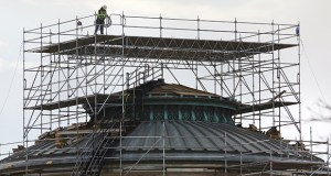 Scaffolding surrounded the top of the dome over the Senate chamber at the Minnesota State Capitol in November 2016. Among the surprises were the damages on the roof caused by previous repairs. (File photo: Bill Klotz)