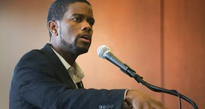 St. Paul Mayor Melvin Carter speaks Wednesday at the Midway Chamber of Commerce 2018 Economic Development Summit at the University of St. Thomas campus in St. Paul. (Staff photo: Bill Klotz)