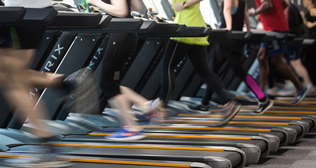 SportsArt, a Taiwanese athletic equipment maker, is marketing treadmills that can turn workouts into electricity. (Bloomberg file photo)