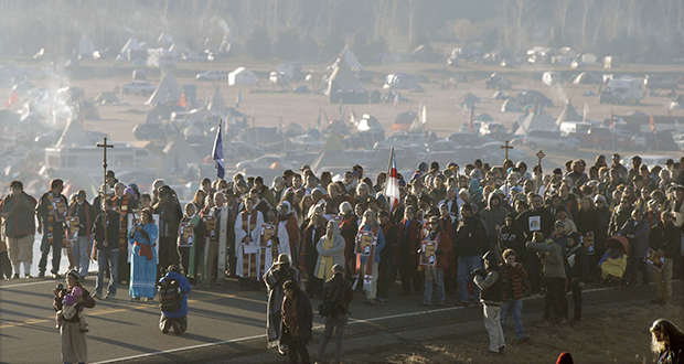More than 500 clergy from across the country gathered on N.D. Highway 1806 near Cannon Ball, N.D., to demonstrate solidarity with Dakota Access Pipeline protesters on Nov. 11, 2016. (AP file photo: The Bismarck Tribune)