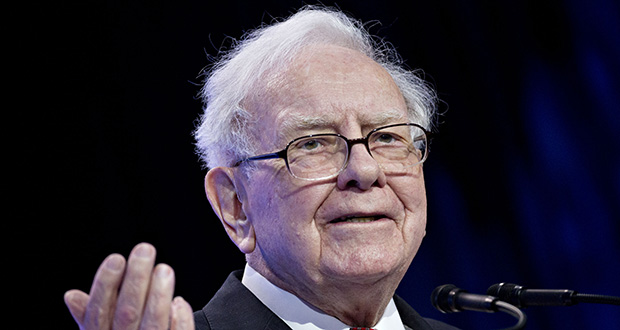Berkshire Hathaway Inc. has been buying Amazon shares and the purchases will show up in a regulatory filing later this month, said Warren Buffett, Berkshire's chairman and CEO, on Thursday. (Bloomberg file photo)