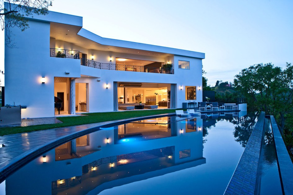 Owning a Dream Home is the biggest achievement in any individual's life!
