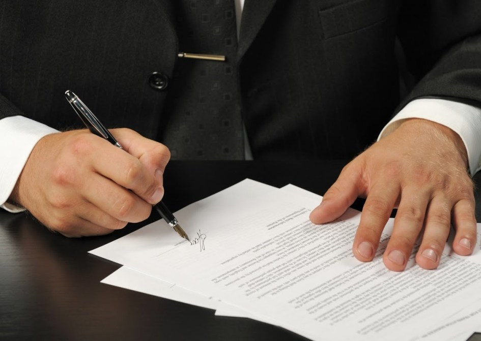 Before You Sign a Business Loan Agreement: Watch out for These