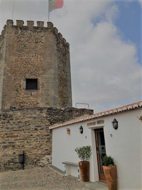 Monsaraz Portugal zuiden twee weken roadtrip kosten planning