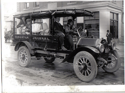 edmonton-journal-delivery-truck-1914
