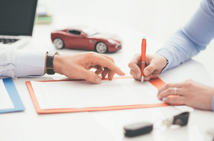 4 Tips for Keeping Your Car Insurance Low