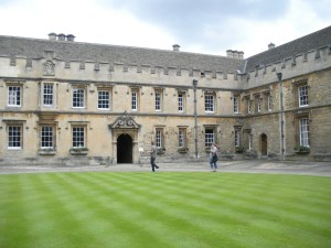 oxford-college-112840_1920