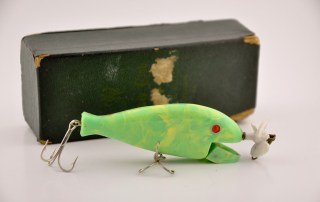 Chase A Bug Lure