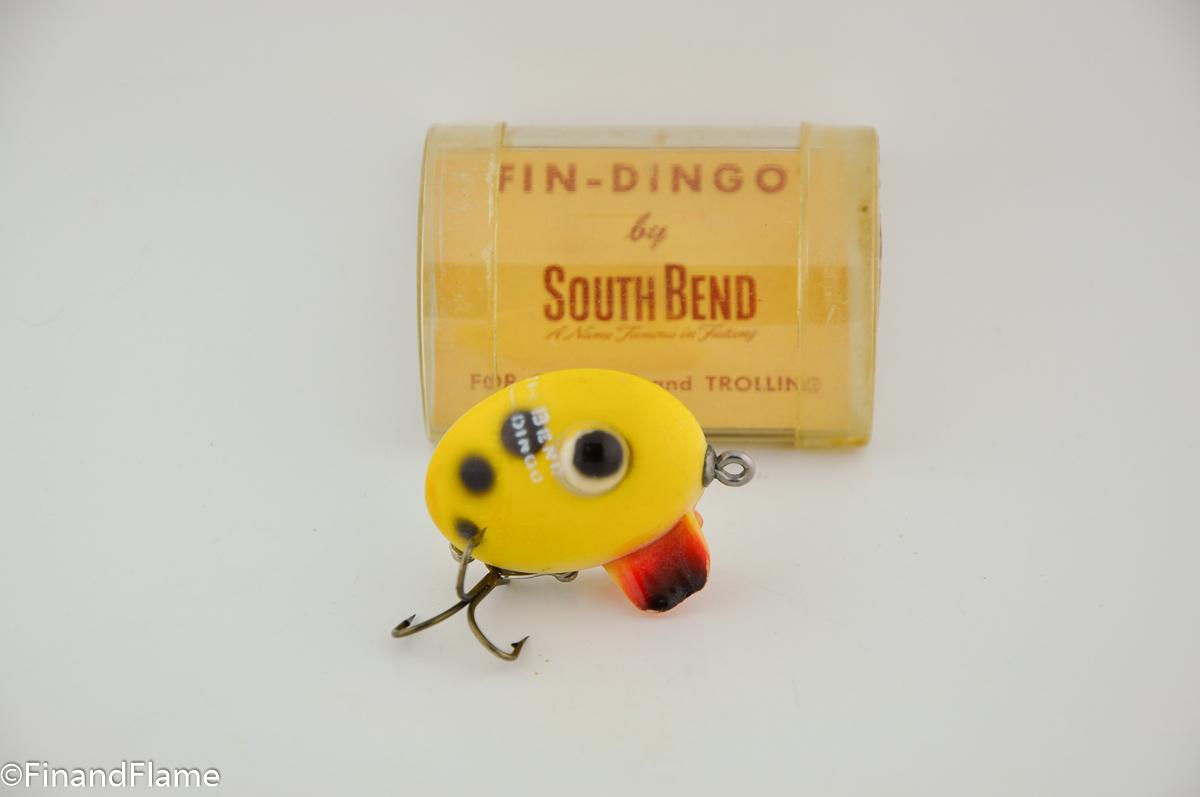 Yellow Spot Fin Dingo Vintage Lure