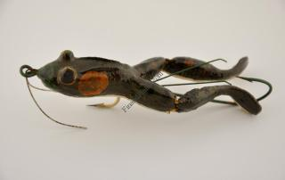 Tempter Frog Antique Lure