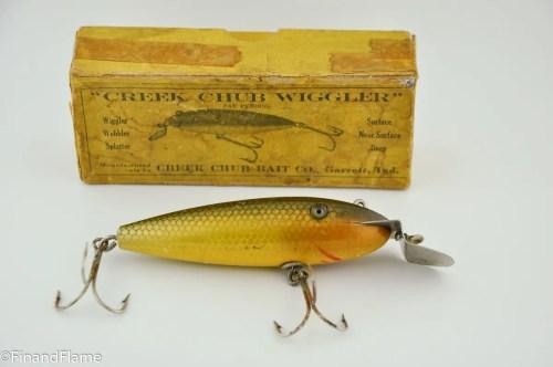 Creek Chub 100 Wiggler Lure in Intro Box