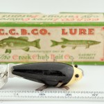 400 Series Crawdad Lure in Black and White