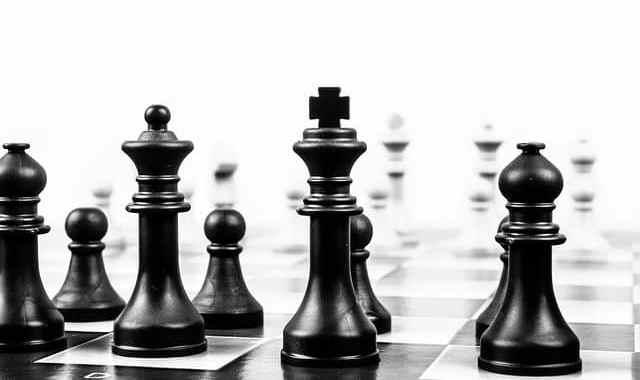 Zainwestuj w swój rozwój – szachy na rozgrzewkę