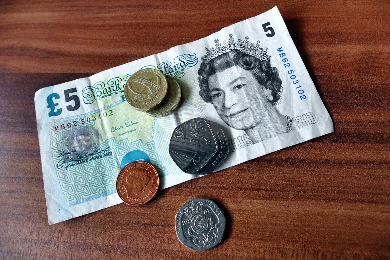 funt brytyjski w kantorze internetowym