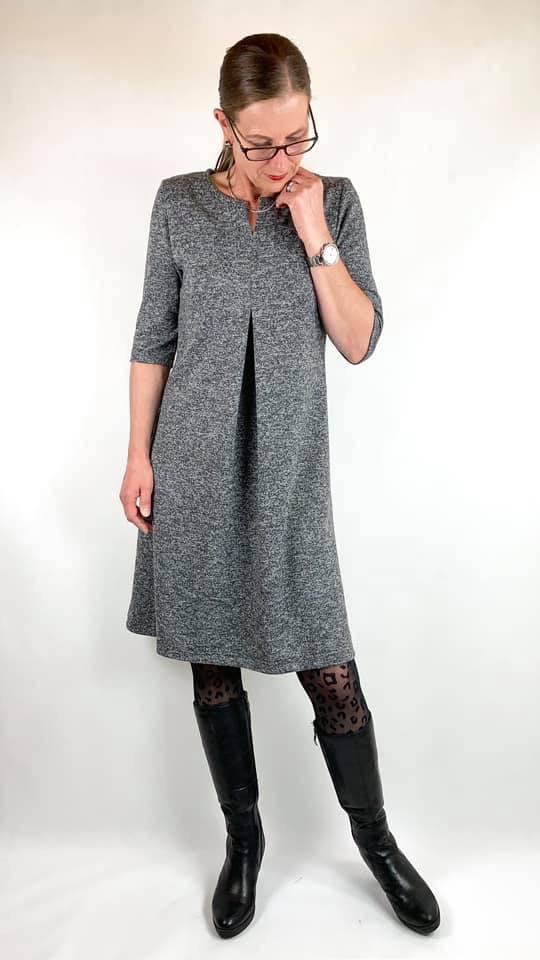 Lilly- Schnittmuster für ein Damenkleid mit Kellerfalte ...