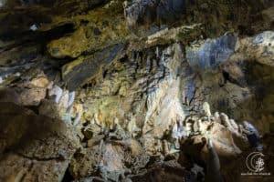 Einer der großen Räume der Höhle