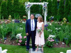 Wedding Garden couple