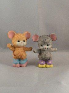 1992 Avon Best Buddies Figurine - Mice Skating