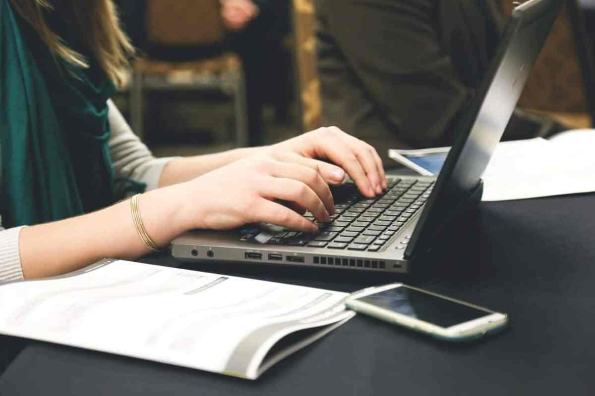 Krise - hvordan skriver man den gode profiltekst til sin datingprofil?
